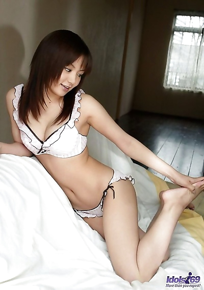 Cute japanese idol noa aoki..