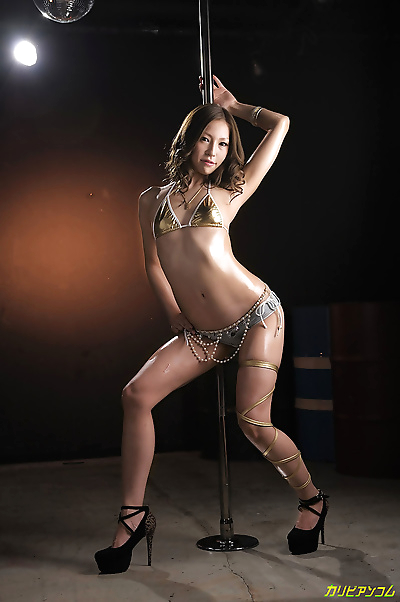 Japanese sultry strip tease..