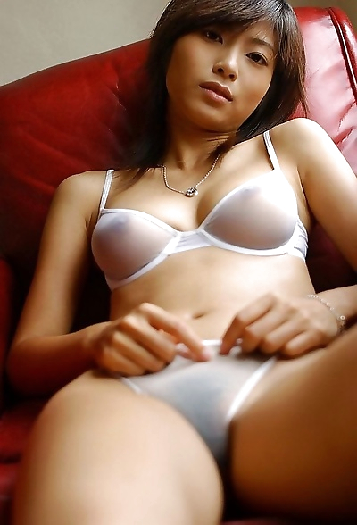 Asian cutie rin suzuka shows..