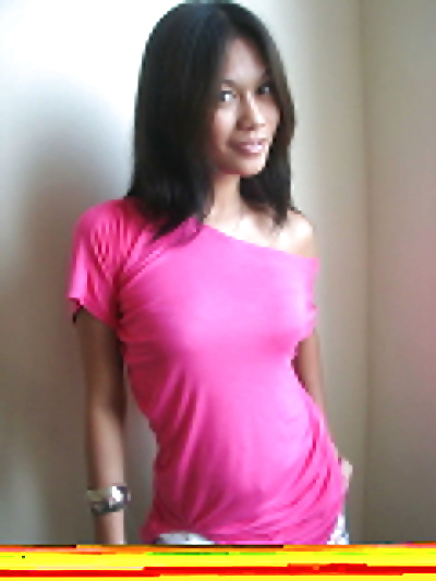 Perky titted girl removes..