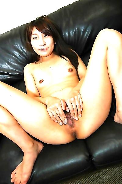 Lusty asian lady Mai Toda..