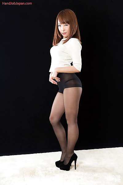 Sexy little Japanese girl on..