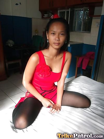 Thin Filipina girl models..