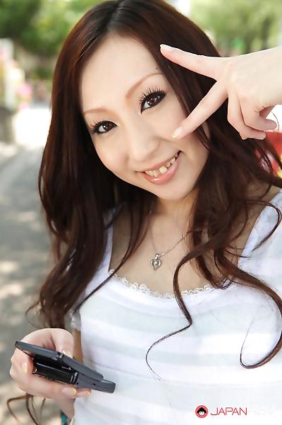Hottie asuka souma posing..