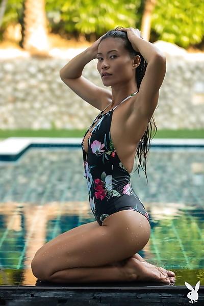 Asian model Maki Katana..