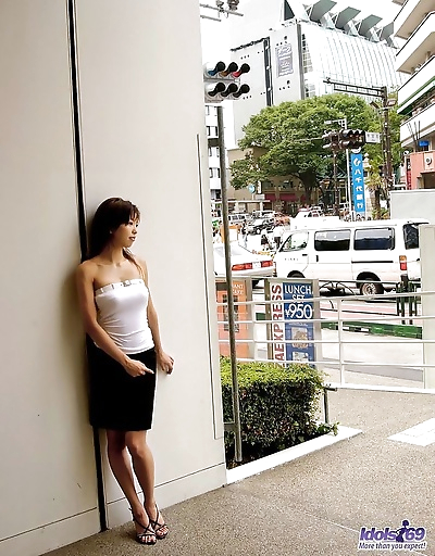 Japanese slut sunao posing..