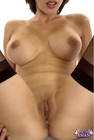 Big titted Asian amateur..